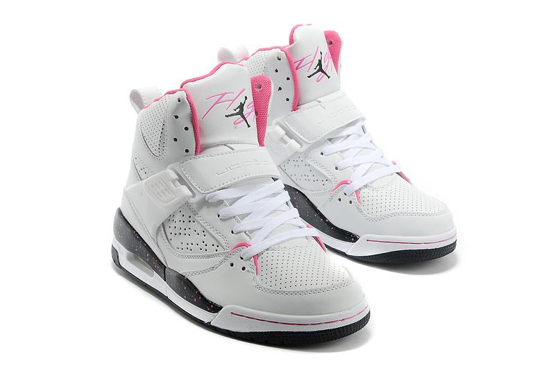 basket air jordan blanche femme